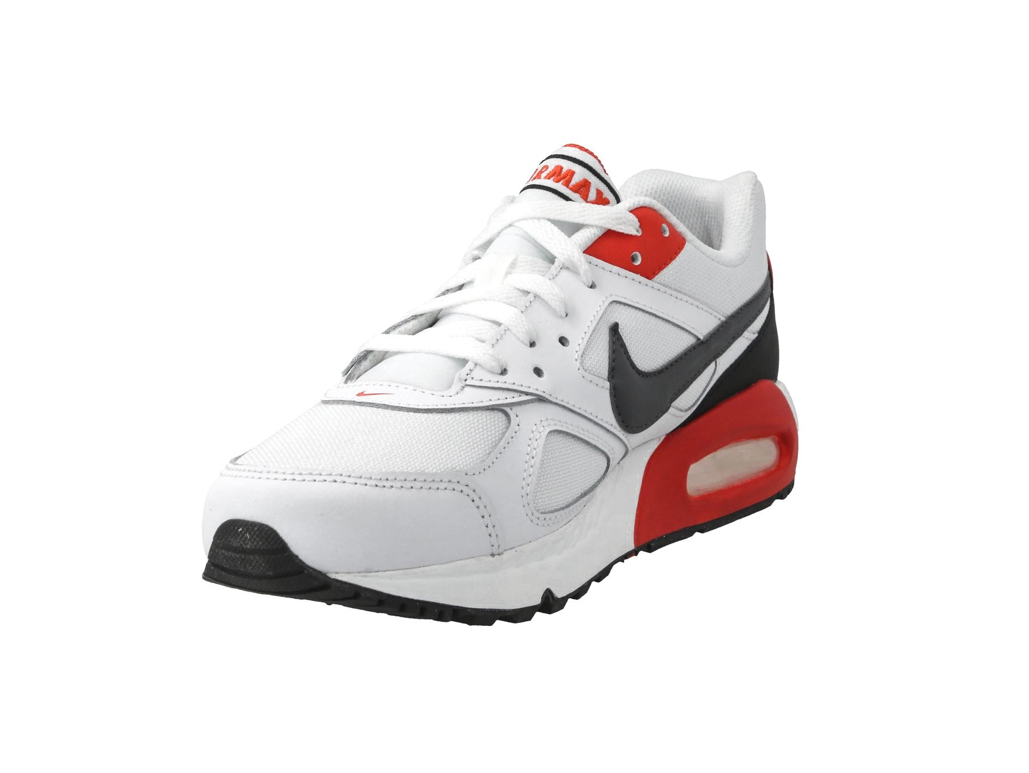 Buty sportowe męskie Nike Air Max Ivo (CD1540 100)
